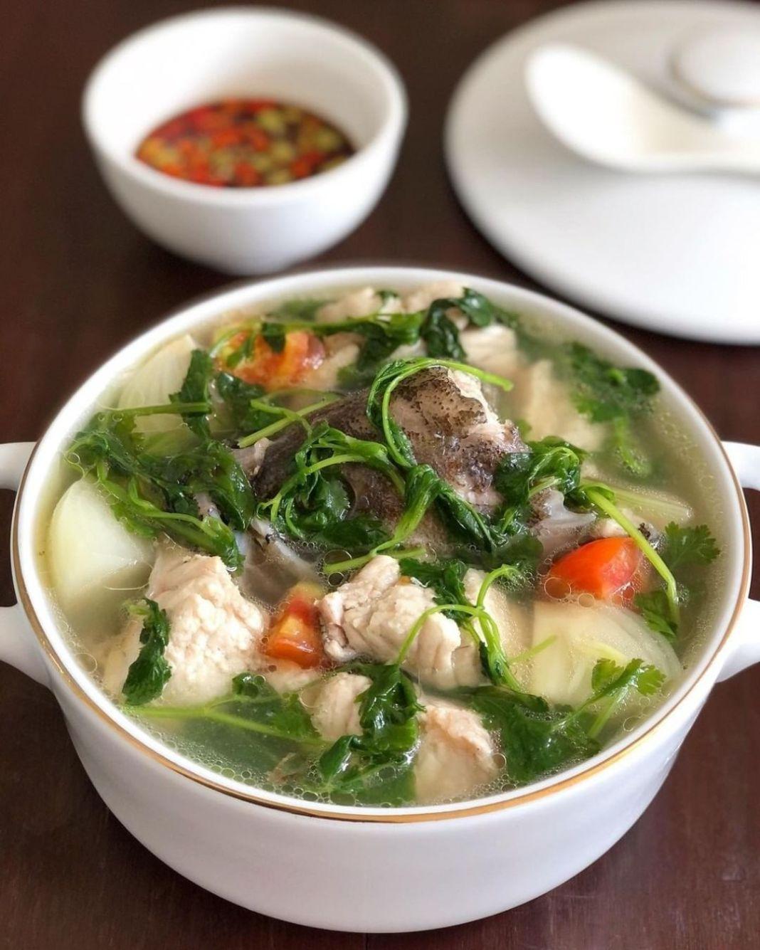 Info kuliner, Cobain bikin di rumah yuk, ini resep sup ikan yang nggak Cuma enak, tapi juga sehat!  —Sup Kera…