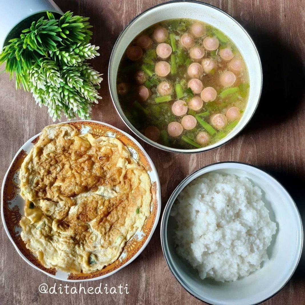 Info kuliner, 2.  Back to basic banget nih lauk hari ini  Sop Sosis, Telur Dadar  untuk Sop Sosis, bumbu halu…