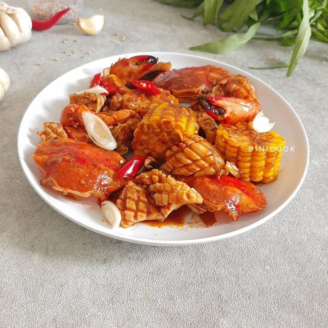 Info kuliner, Seafood saus padang Saus andalan yang selalu cocok untuk menu seafood   Bahan : 3 ekor kepiti…