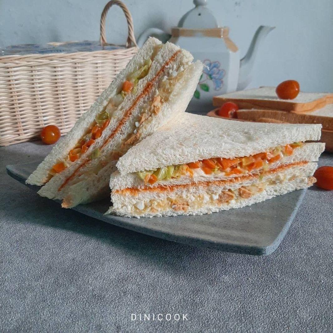 Info kuliner, Inkigayo Sandwich  Sarapan untuk sandwich ala-ala yang suka dimakan idol kpop yuk   Bahan  4 l…