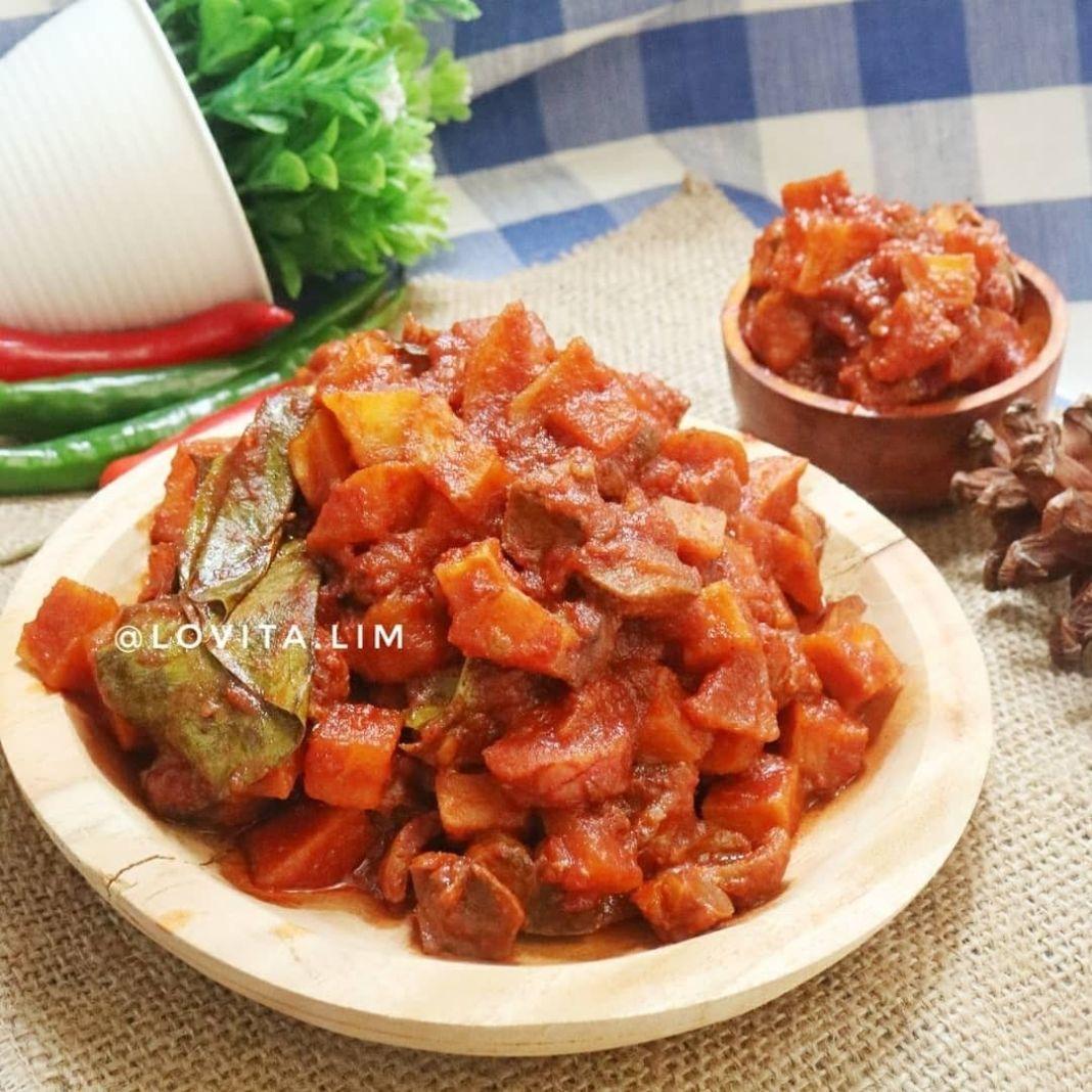 Info kuliner, Resep Kentang Sambel Goreng Ati (Makanan favorit ku yang tak lekang oleh waktu )  Bahan: – 4 bu…