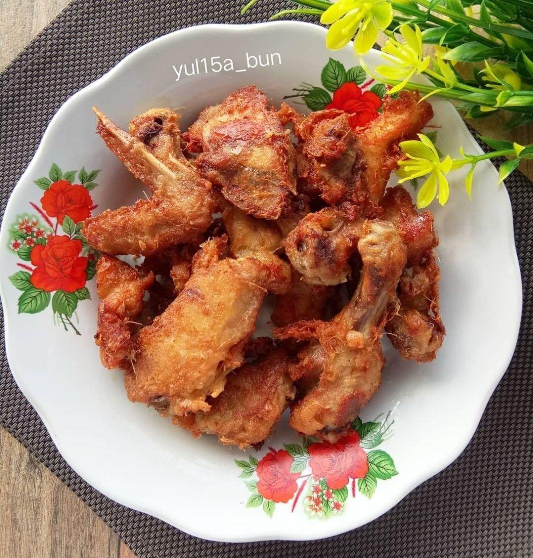 Info kuliner, Ayam goreng wangi  500 grm ayam potong2 kcl 2 sdm t.kanji  Bumbu halus 2 siung b.putih 1/2 sdt …