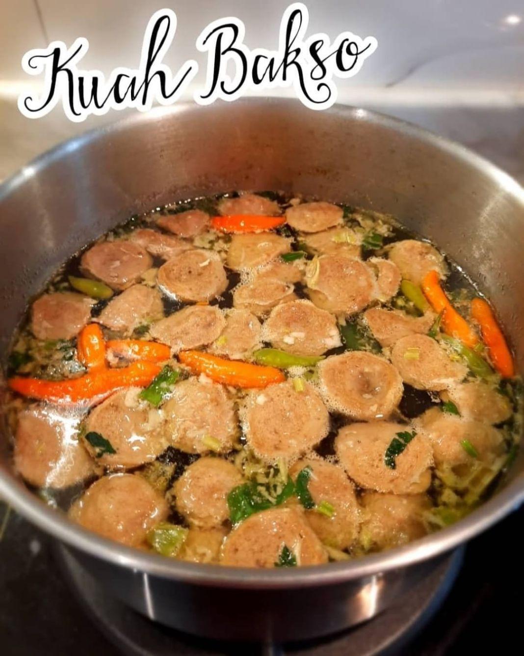 Info kuliner, Kuah Bakso untuk kuahan tahu bakso yaa, bikinnya super praktis ga ribet sama sekali cocok untuk…