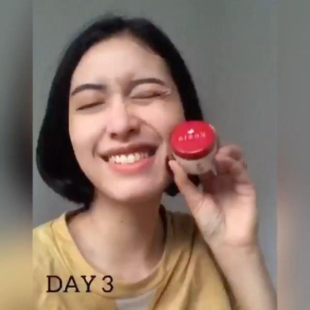 Tantangan 14 hari Glow Up bareng Kezia Skin Care…  untuk kaum rebahan yang punya mimpi di siang …