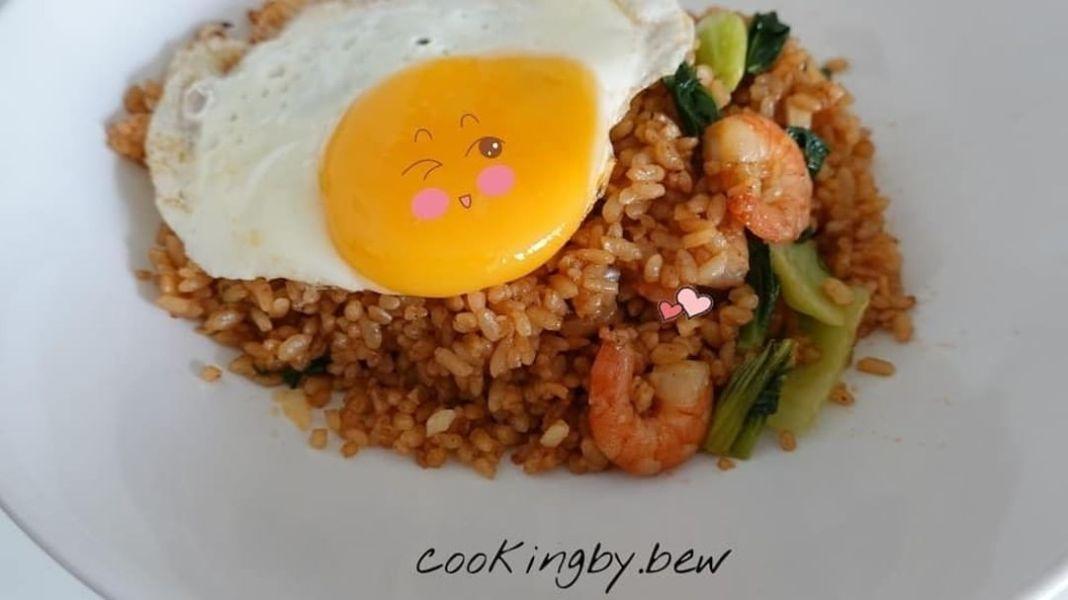 Info kuliner, NASI GORENG UDANG  Bahan-Bahan: Nasi Putih 1 mangkok Udang 20gr Sawi Hijau 1 buah Telur Ayam 1 …