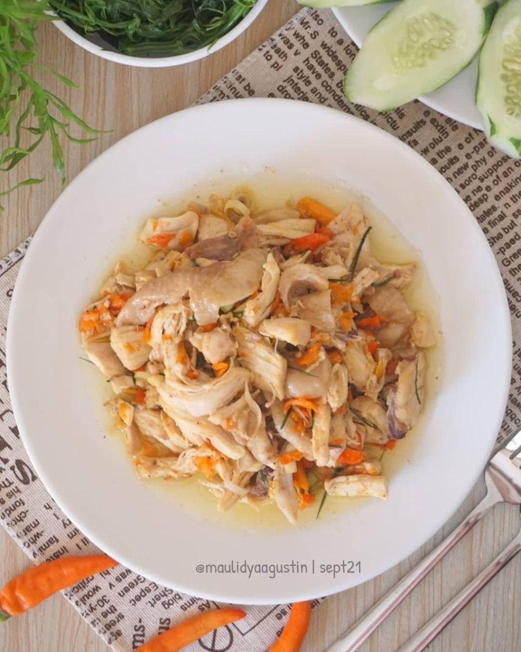 Info kuliner, selamat pagi momsss!!!! bikin ayam suwir sambal matah yuuuk AYAM SUWIR SAMBAL MATAH  Bahan : 40…