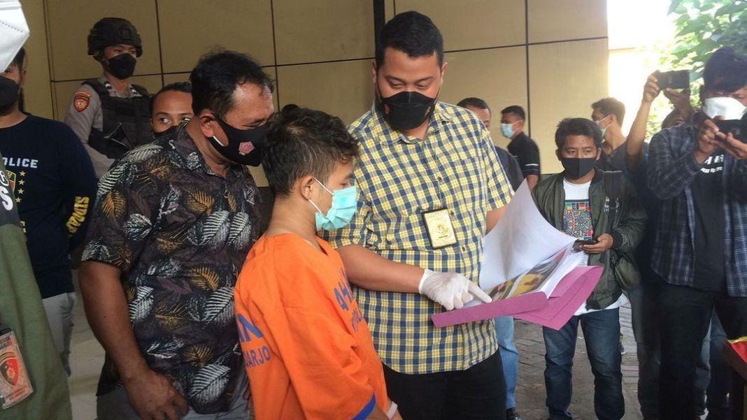 Pembunuh Kakak Beradik di Wedoro Berusaha Kabur, Polisi Berikan Tindakan Tegas Terukur  Tim Res…