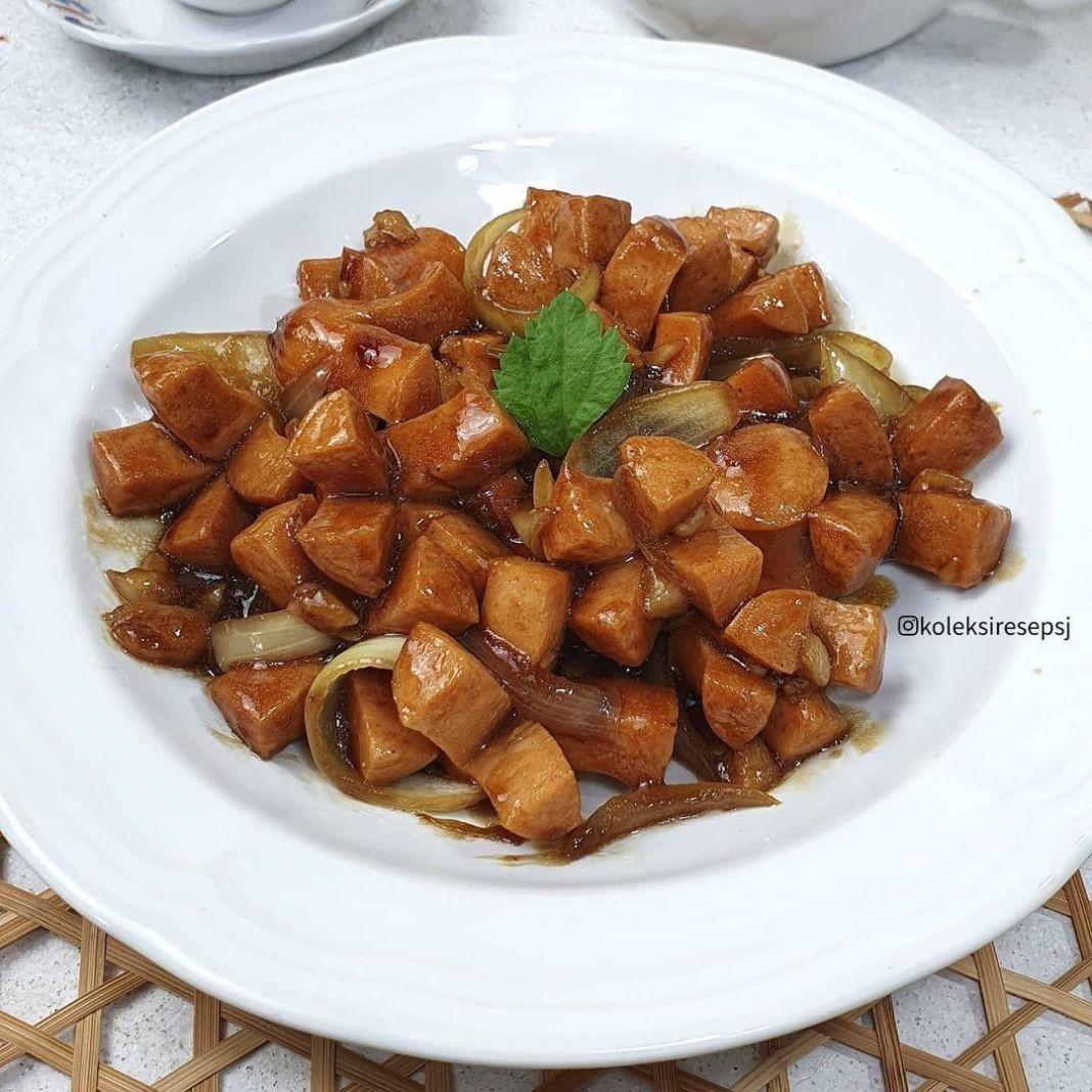Info kuliner, masak yg praktis serta cepat aja nihhh! yuk di recook! . SOSIS SAUS TIRAM by @koleksiresepsj . Ba…
