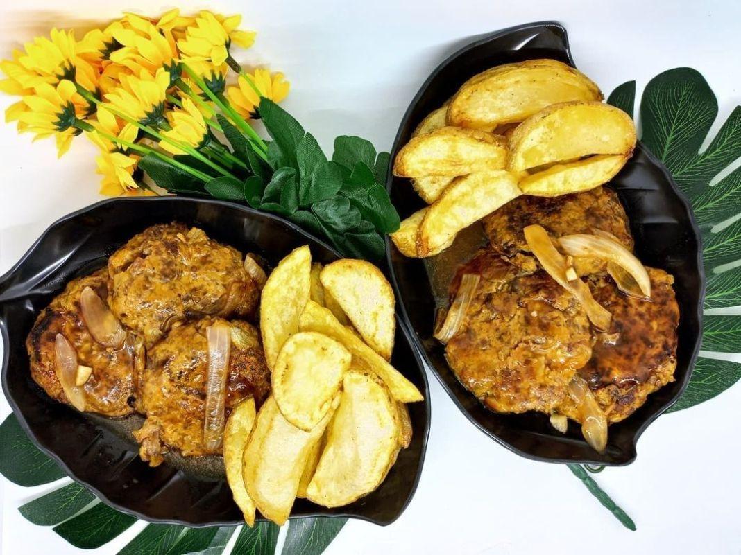 Info kuliner, Sudah kepikiran mau makan apa siang ini?   Bahan-bahan: Patty : Daging giling 250 gram Bawang b…