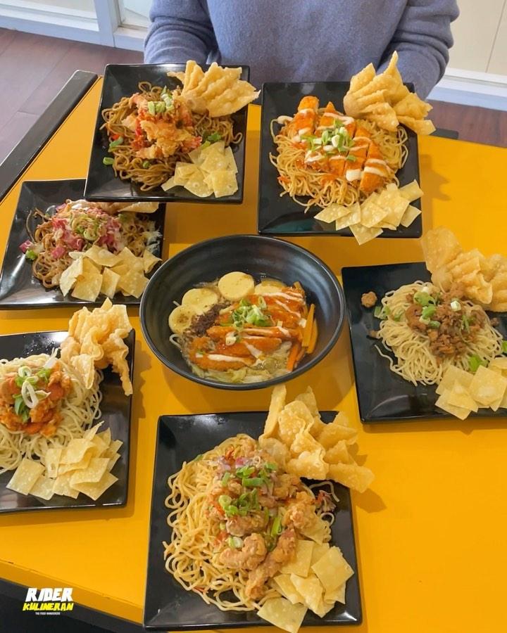 MIETALK INDONESIA SATU TAHUN MENJULID BERSAMA  Hallo Talkers gak kerasa kuliner mie yang viral …