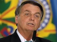 Bolsonaro responde a presidente argentino: 'Para ele não tem vacina'