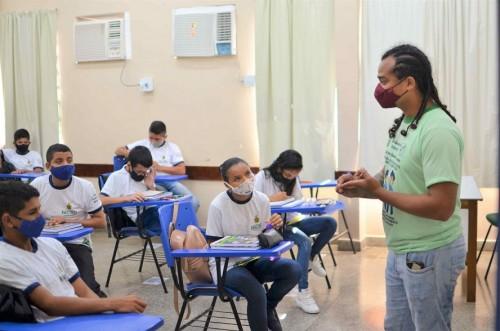 Secretaria de Educação seleciona trabalhos de servidores para compor terceira edição de revista