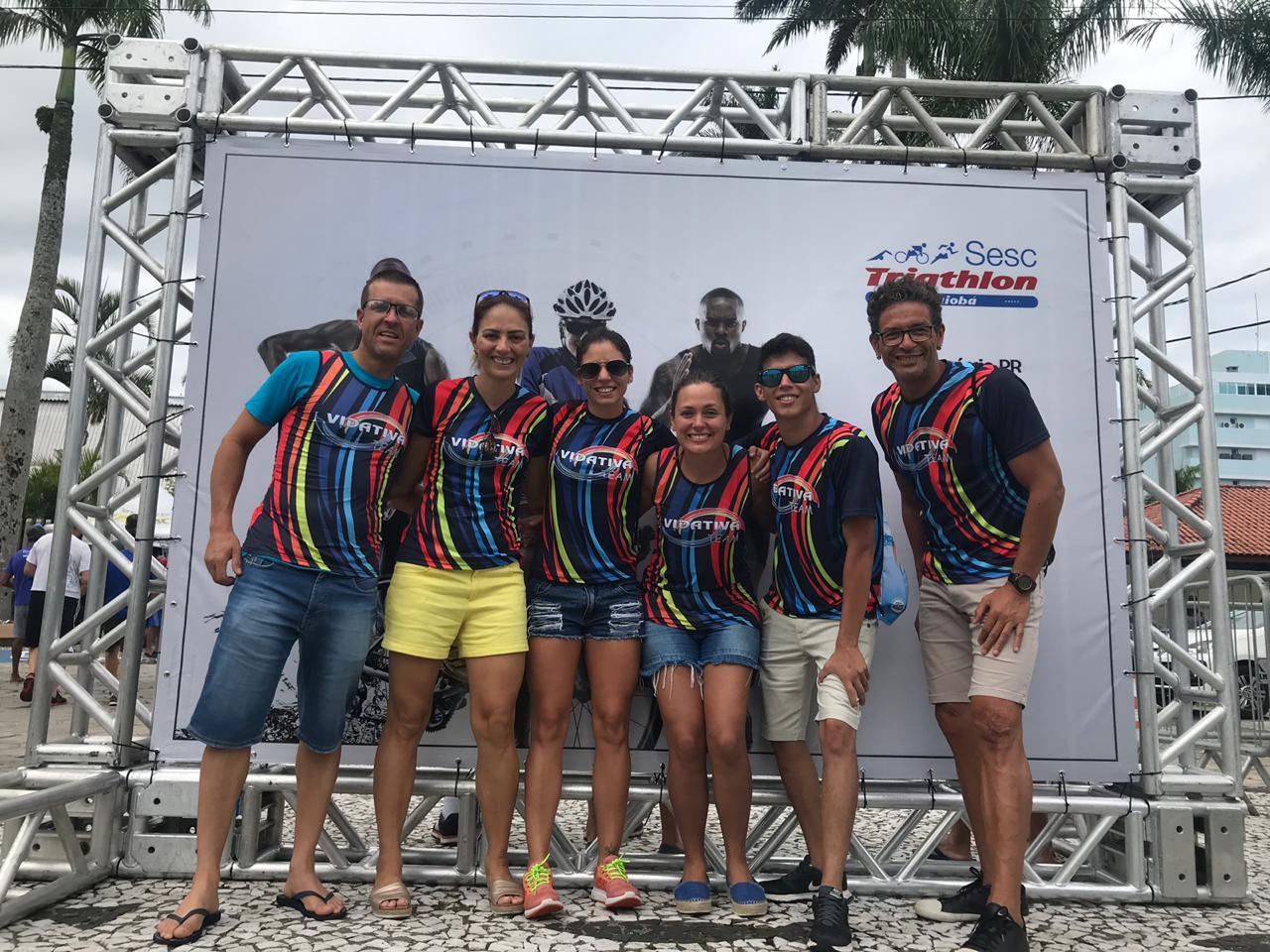 Atletas de Jacarezinho participam do 31º Sesc Triathlon Caiobá