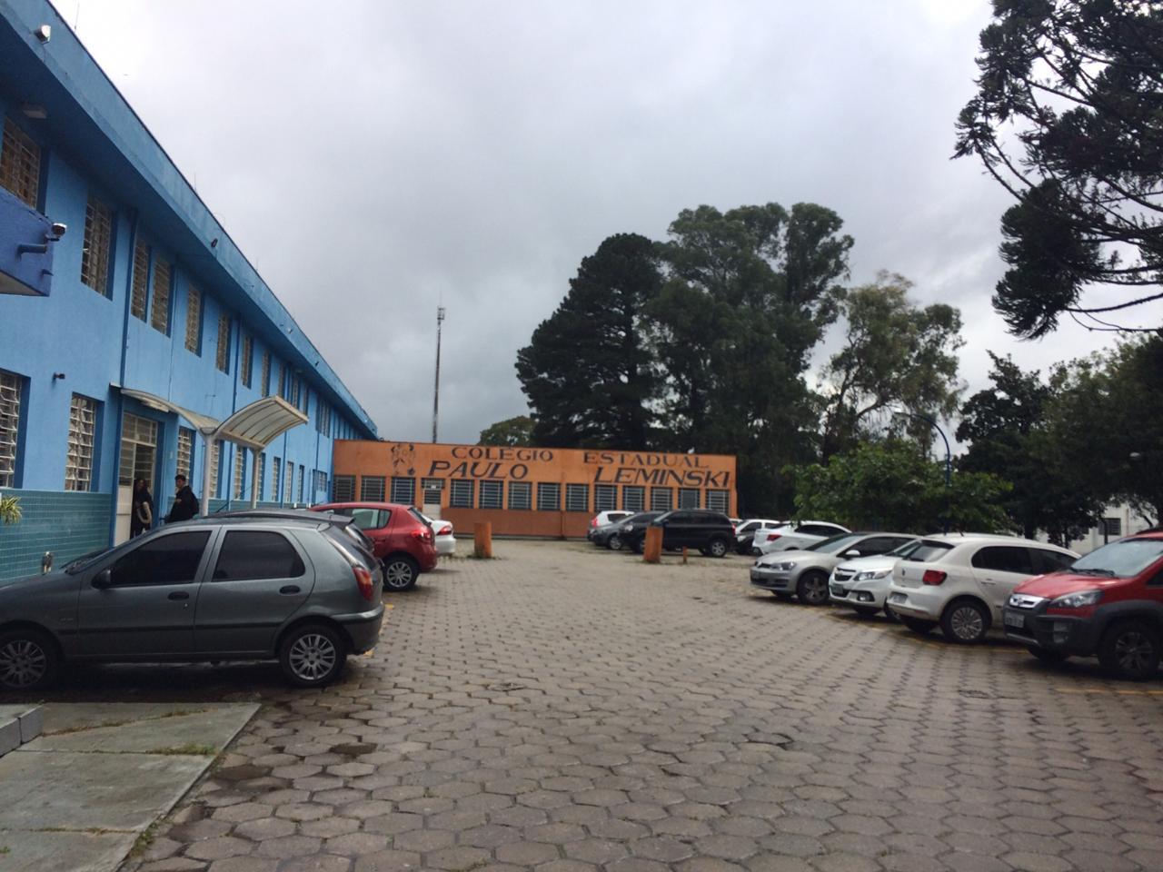Paraná: Alunos estouram rojão em pátio de escola e vão parar em delegacia