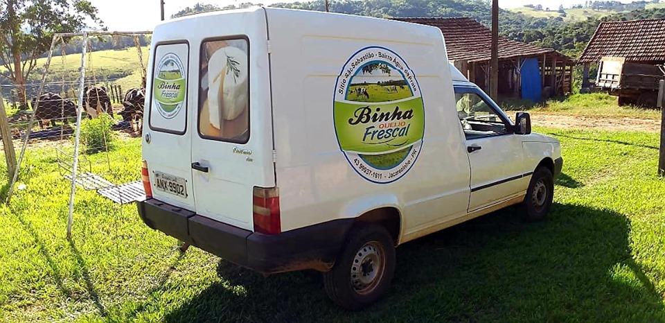 """Em Jacarezinho e Região vocês encontram """"Queijo Frescal Binha click aqui e confiram"""""""
