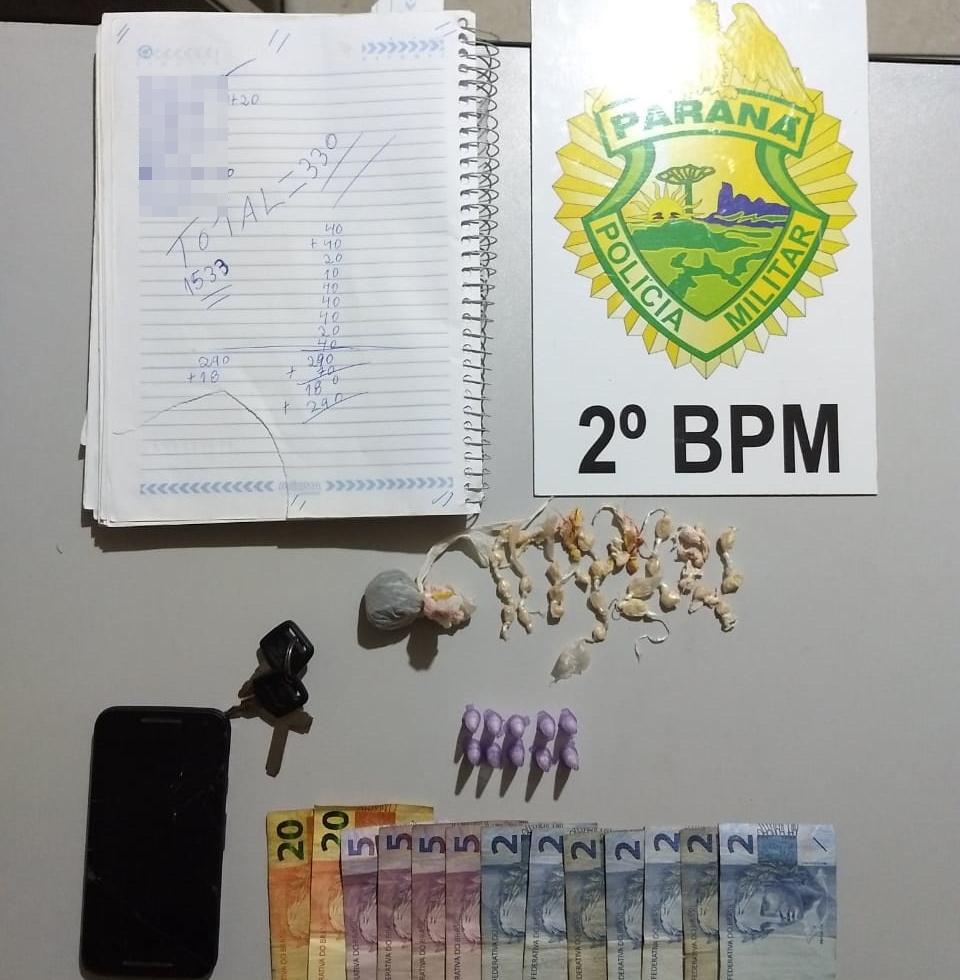 Polícia Militar prende indivíduo vendendo drogas em Jacarezinho