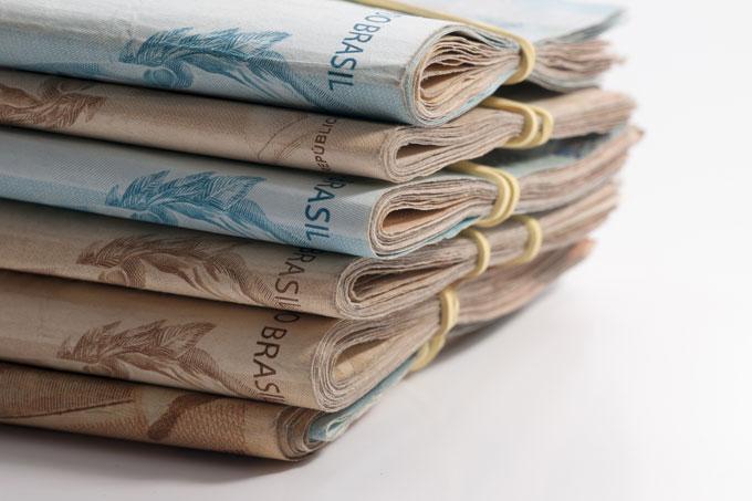 Homem que arrecadou R$ 1 milhão para tratamento do filho é preso após gastar dinheiro