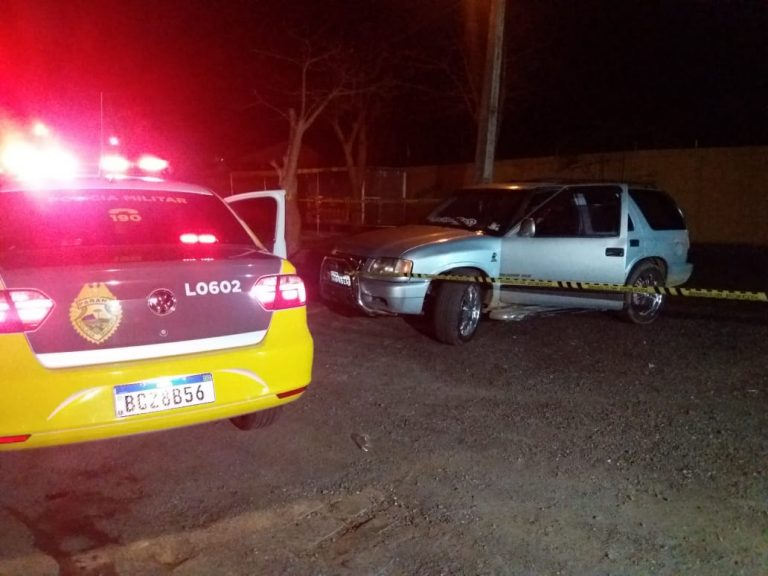 Motociclistas 'fecham' Blazer e matam motorista a tiros; mulher foi poupada