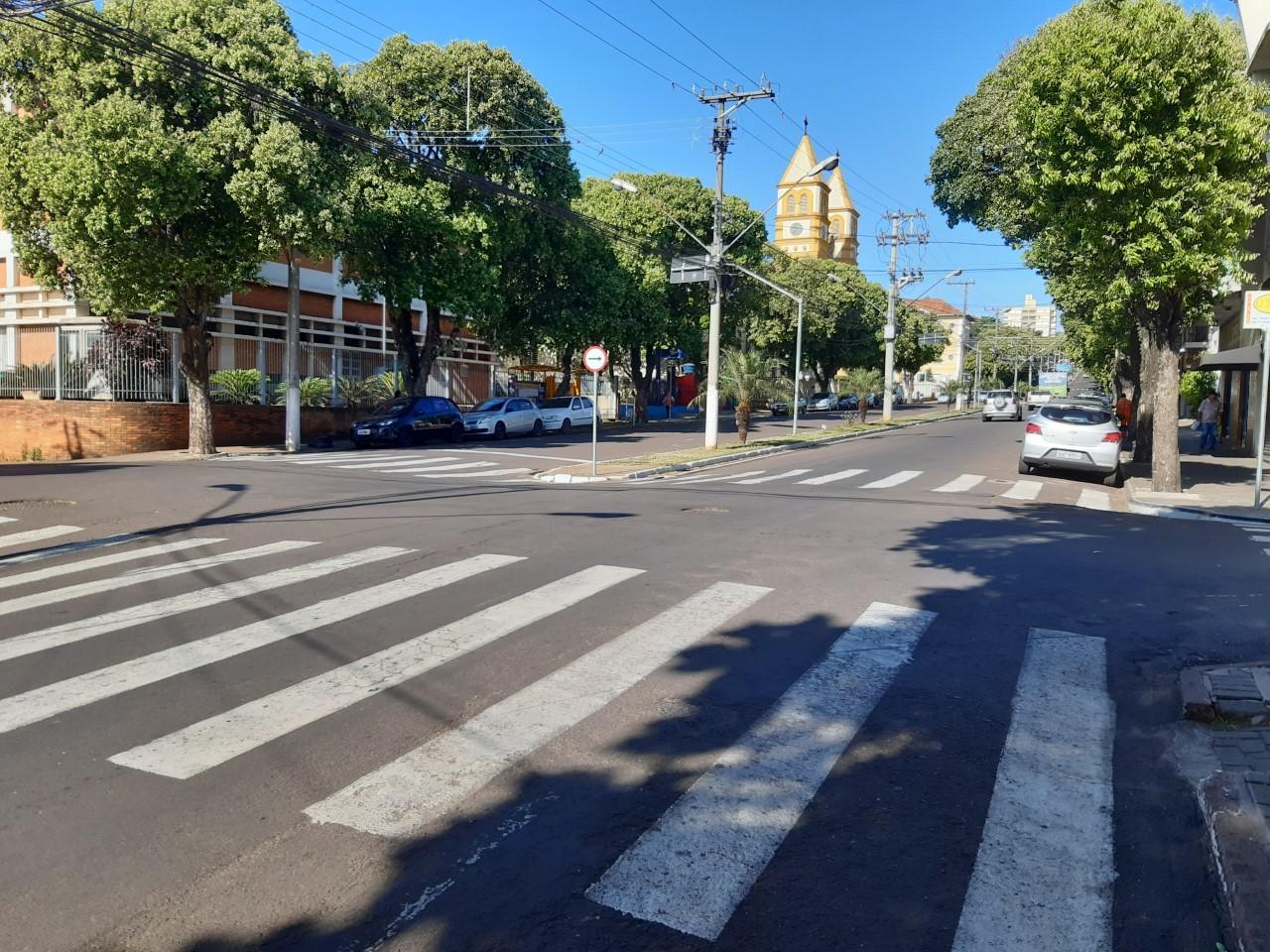 JACAREZINHO: Avenida contará com lombadas elevadas