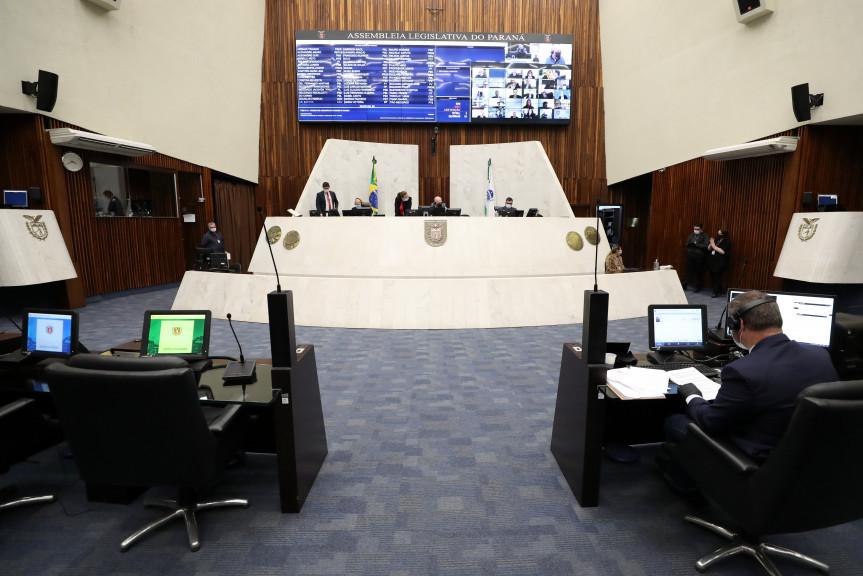 Paraná: Mudanças nas eleições para diretor das escolas da rede estadual começam a ser debatidas na Assembleia