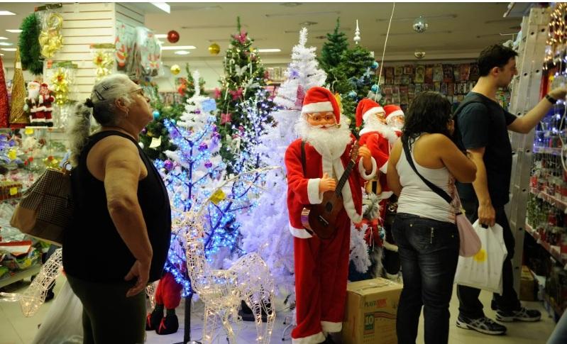 Vendas no varejo físico na semana do Natal foram as piores desde 2003