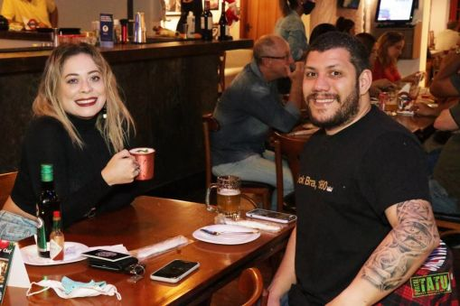 London Fox Lounge and Pub - 12122020 (2)