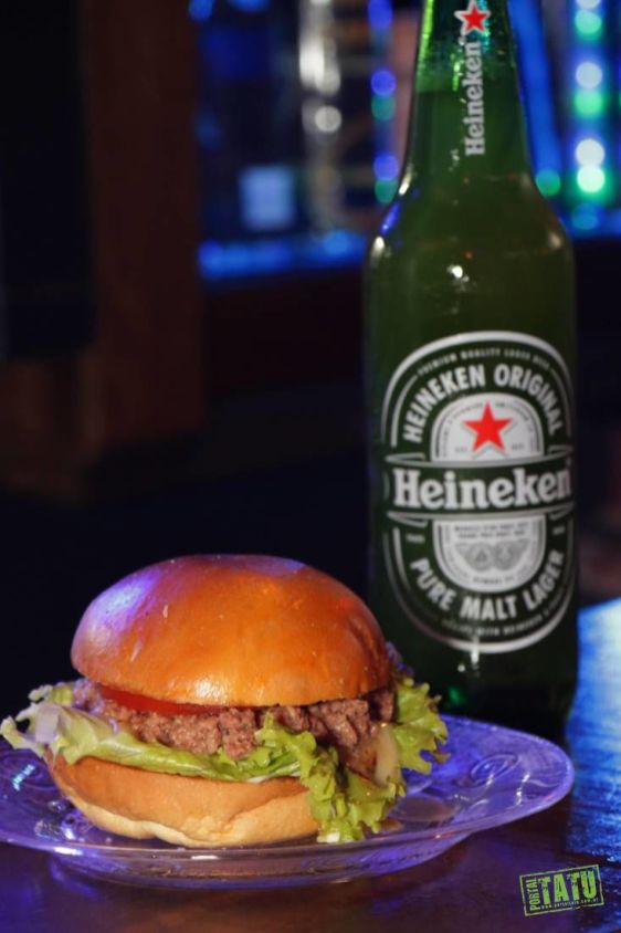 Hell's Kitchen Pub rock'n'roll - Boa comida e drinks bem no coração da Tijuca (39)
