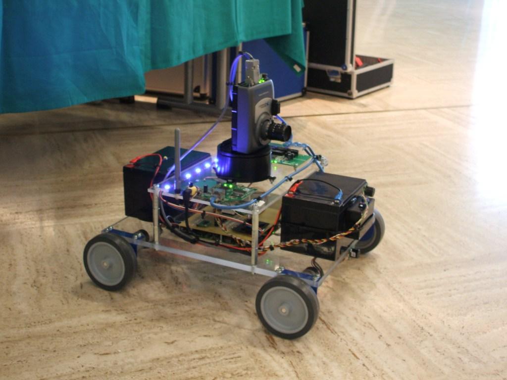 Robôs vão competir em torneio na Ufes
