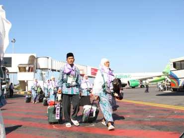 Wajib Kenakan Kain Ihram, Gelombang Kedua CJH Langsung Ke Jeddah