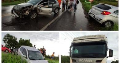 Motorista fica ferido após acidente entre três veículos que se chocaram na BR-222