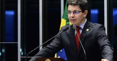 Coronavírus: Randolfe Rodrigues apresenta PEC para adiar as eleições municipais