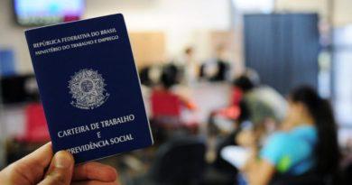 Pandemia agrava crise e fechamento de vagas com carteira assinada tem recorde histórico em abril