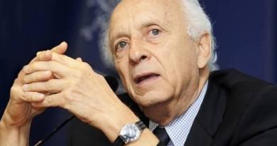'Banco Mundial não é lugar para militante', diz Ricupero sobre Weintraub