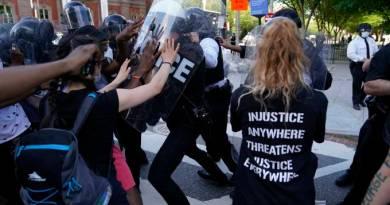 Violência policial durante repressão a protestos nos EUA choca o país
