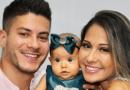 Arthur Aguiar e Mayra Cardi comemoram 5 meses da filha