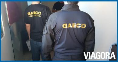 Gaeco prende uma pessoa durante operação contra o PCC em Parnaíba