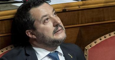 """Salvini perde imunidade e pode ser julgado no caso """"Open Arms"""""""