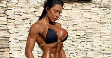 """Gracyanne exibe corpo musculoso e diz: """"Não treino para ficar linda"""""""