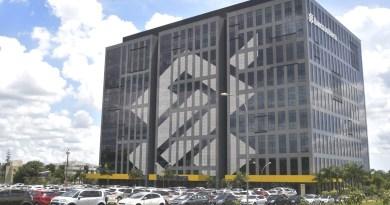 Bolsonaro afirma que não vai privatizar Banco do Brasil