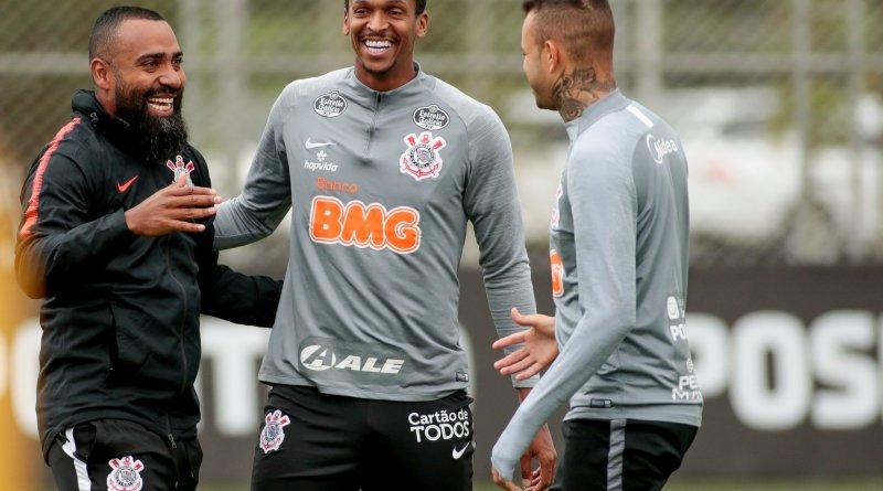 Corinthians tem Jô de volta para pegar o Sport de Tiago Neves e Jair Ventura