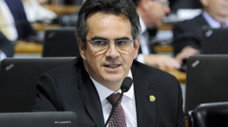 Forte na Câmara, centrão patina no Senado como bloco de apoio a Bolsonaro