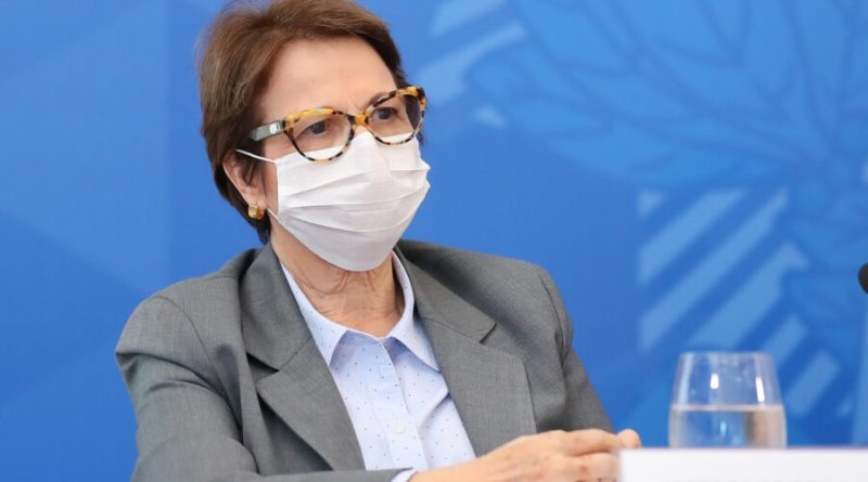 Em live com Bolsonaro, Tereza Cristina anunciará 100 mercados abertos desde o começo do governo