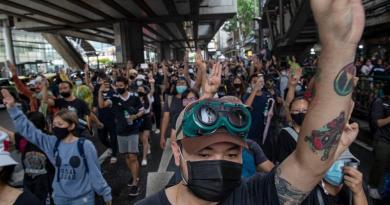 Protestos consecutivos contra governo da Tailândia