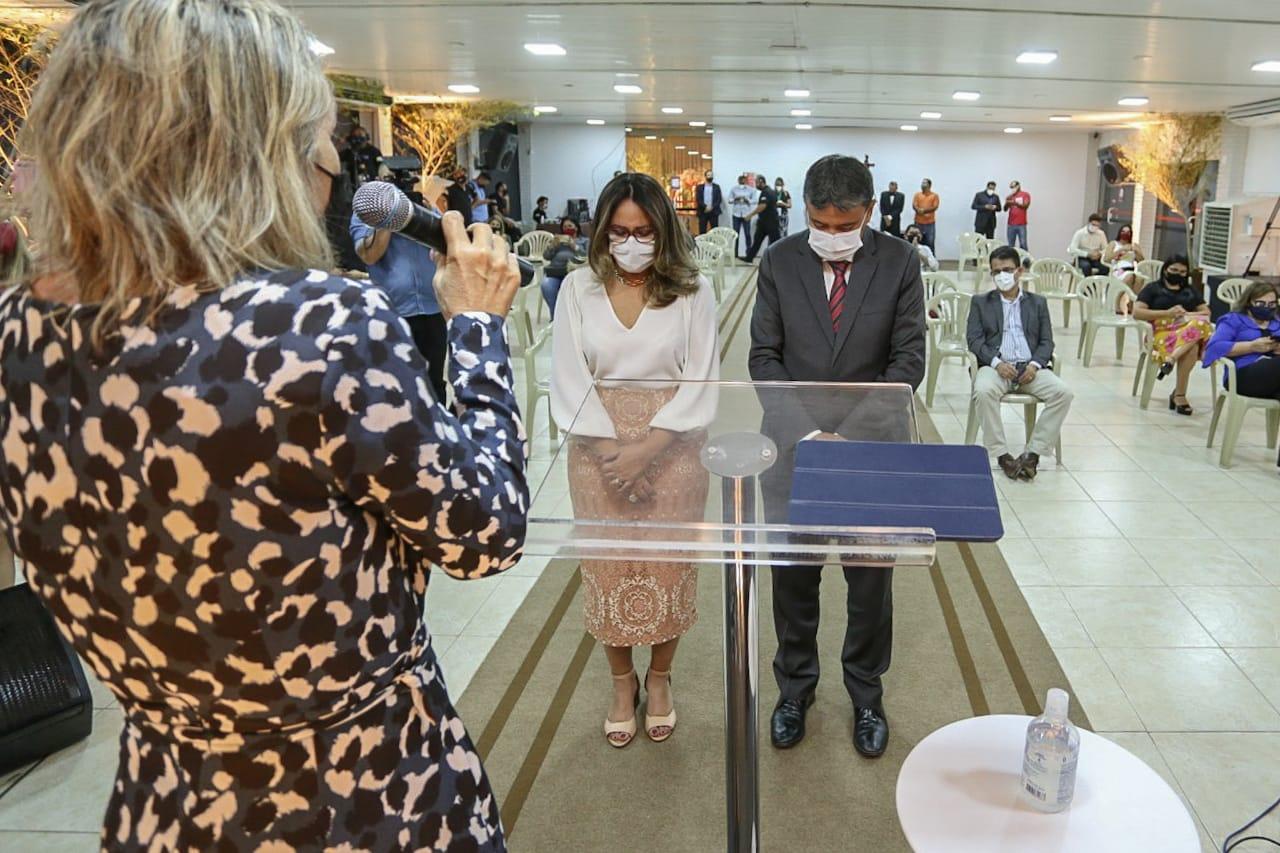 Wellington Dias participa de culto em ação de graças pelos 198 anos do Piauí