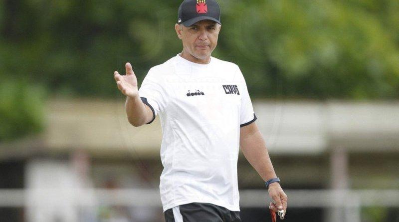 """Grasseli mira reação do Vasco na Sul Americana: """"Temos que agir rápido"""""""