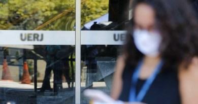 Enem: candidatos relatam que distanciamento social não foi respeitado   Rede Brasil Atual