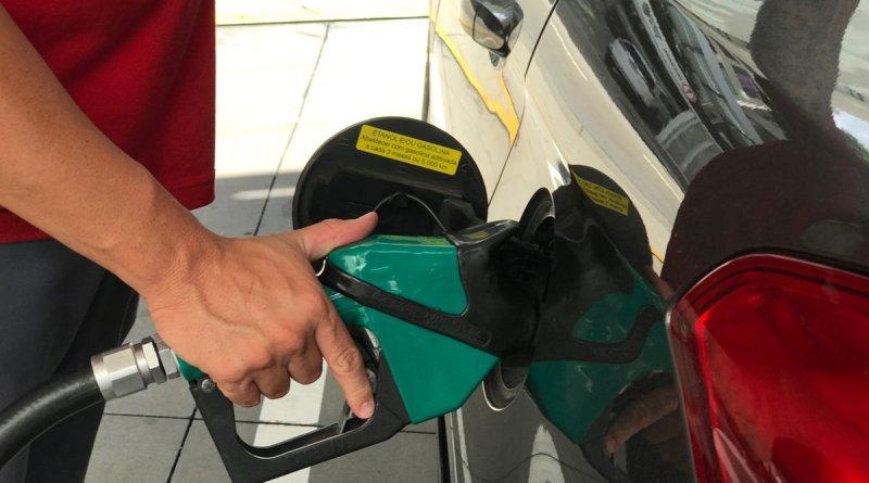 Gasolina e diesel sobem mais 5%: 'É um tapa na cara do brasileiro'