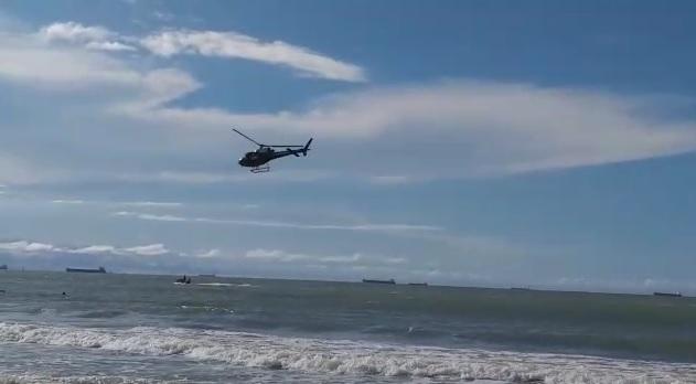 Corpo do jovem que se afogou na praia do Araçacy é encontrado