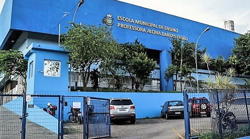 Trabalhadores da educação idosos reivindicam direito a home office após mortes de duas servidoras