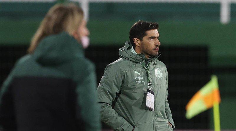 """Abel vê resultado justo e exalta Rony: """"Jogador que qualquer técnico quer ter na equipe"""""""